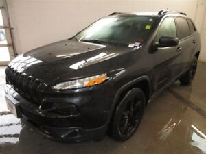 2015 Jeep Cherokee LATITUDE- ALLOYS! BACK-UP CAM! HEATED SEATS!