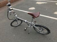 Folding Bike - Bickerton Junction 1909++ Silver Less Than 1 Year Old. Very good condition.