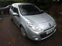 Renault clio 1.2 2010 light accident damage to rear wing 60000 miles mot january18
