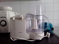 Bundle of various kitchen gadgets