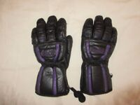 Men's leather skiing gloves. Size L. Good condition.