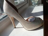 Sparkly Diamanté light gold high heel wedding, party or prom shoes size 6 and 5