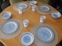 16 piece Melamine Ware camping / picnic set (rare)