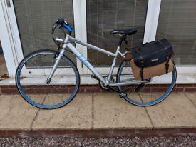 "Pendleton Briary Ladies Hybrid Bike 18""(L) with Saddle Bag (Hardly used)"