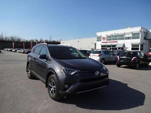 2016 Toyota RAV4 XLE AWD CAMERA RECUL TOIT NO ACCIDENT REPORT