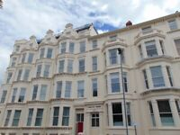 HUGE THREE BED STUDENT FLAT TO LET IN SOUTHSEA £1500 PCM