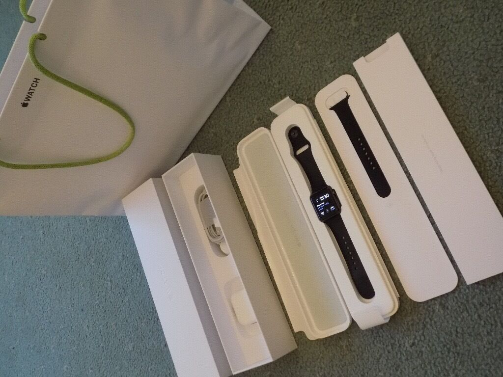 Apple Watch Sport (201538mm. Space Grey Aluminium with Black Sport Band. Fully Boxedin Linlithgow, West LothianGumtree - Apple Watch Sport (2015). 38mm case size. Space Grey Aluminium with Black Sport Band. Comes with medium/large strap, watch case, charging lead and plug in original box with original Apple Watch carrier bag. There are two tiny dings which are...