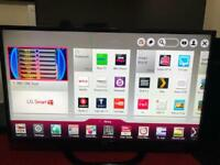 42 inches LG Smart Tv with Remote in perfect working Conditions