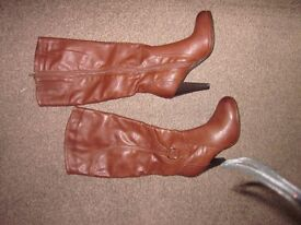 Brown boots from Deichmann size 5
