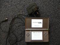 Nintendo DS Lite plus 27 games