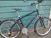 Giant Sedona DX hybrid bike mens or ladies
