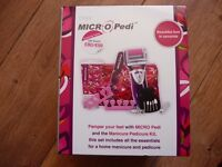 EMOJIE MICRO PEDI MANICURE AND PEDICURE GIFT SET INCLUDING FINISHING CREAM + FLORAL BAG . BRAND NEW