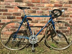 Viscount Aerospace vintage racing bike - immaculate - 23 inch frame - retro road 10 speed