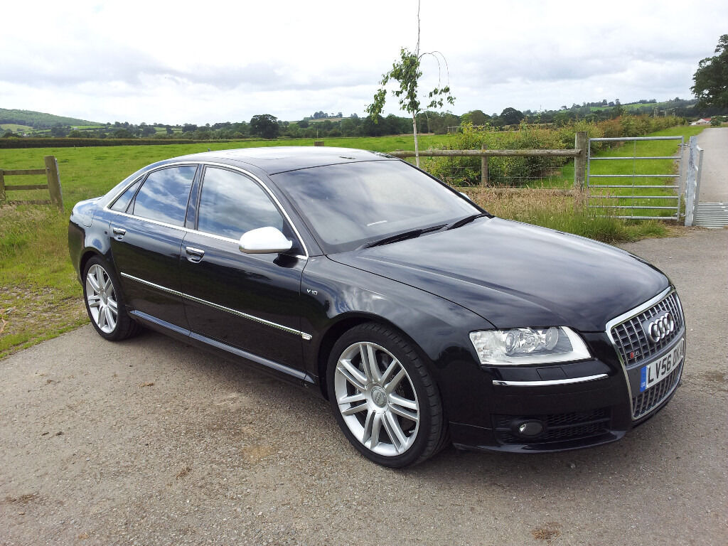 2006 audi s8 v10 with ceramic brakes rear entertainment miltek fsh 81 500 miles in. Black Bedroom Furniture Sets. Home Design Ideas
