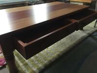 Large Coffee Table (@07752751518)