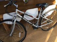 Ladies Raleigh Town and Comfort Hybrid Bike