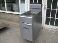 Elite single tank twin basket fryer nat gas, Refurbished.