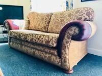 beautiful 2 seater sofa!