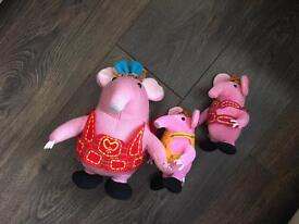 Cbeebies Clangers Toys and Cot Bed Quilt Bundle