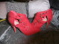 Red Faux suede buckled ankle boots size 7 (41)