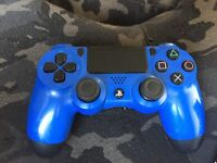 PS4 controller (blue)