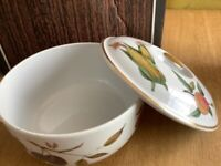 Royal Worcester casserole dish complete with lid