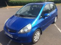 HONDA JAZZ SE 5 DOOR HATCH with FULL SERVICE HISTORY and NEW MOT..IN BEAUTIFUL CONDITION !