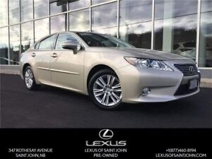 2014 Lexus ES 350 Leather and Sun Roof!