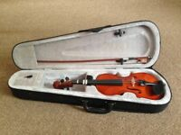 2 Violins 1/4 size and 1/2 size