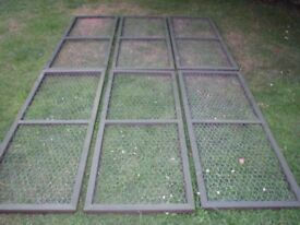 Chicken mesh panels