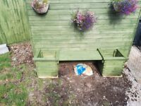Norbury garden seat with 2 planters