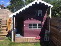 Garden Playhouse Large in good condition