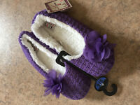 Ladies purple ballet type slippers. Unworn with tags. Size 5/6 (big more 7?)