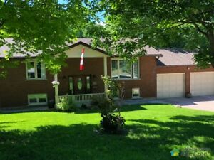 $735,000 - Raised Bungalow for sale in Midhurst
