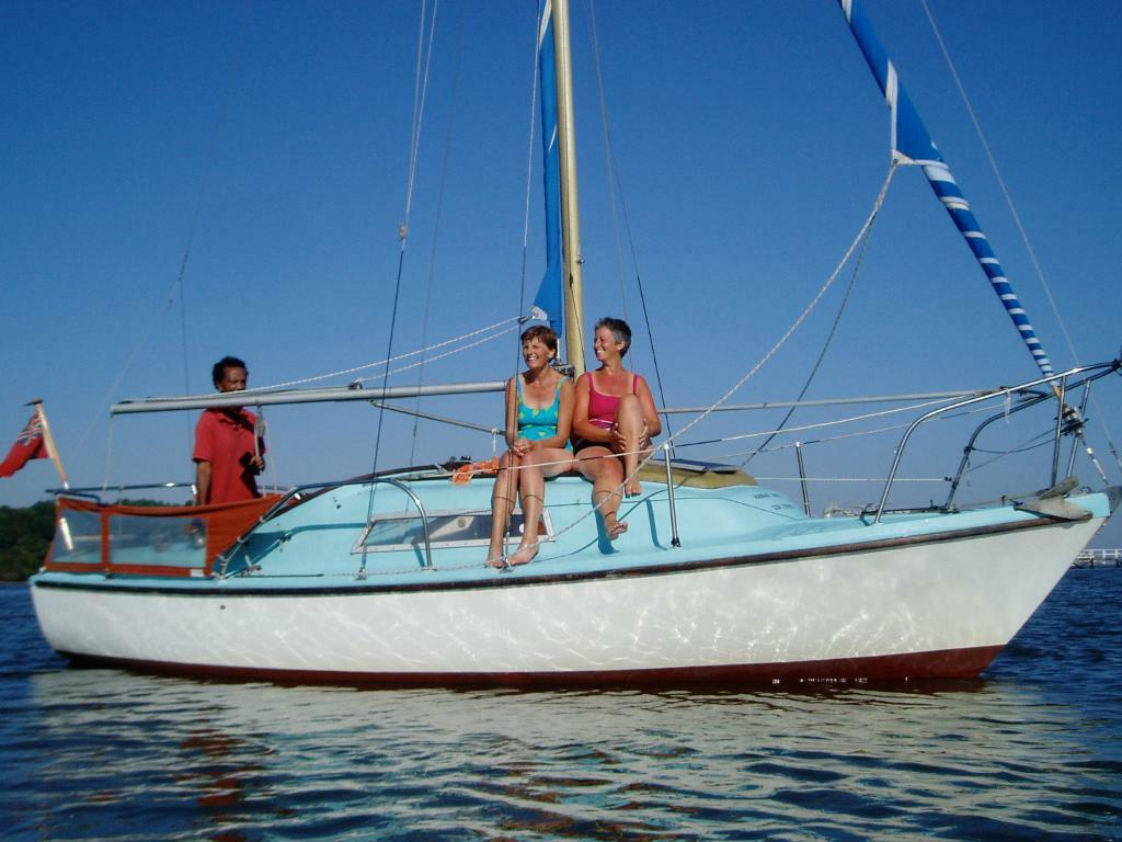 Seal 22 Foot 4 Berth Sailing Boat With Inboard Engine