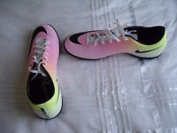Football boots NIKE MERCURIAL VICTORY V TF (651646107) -size UK9, eu44- Brand New