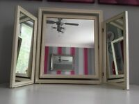 VINTAGE TRIPLE DRESSING TABLE MIRROR IVORY WOOD FREE STANDING VGC.
