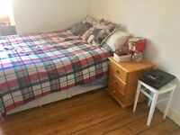 2 CLEAN DOUBLE ROOMS £340 AND £320 IN CANTON