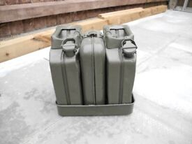 Cold War Steel 5 Litre Jerry cans and service kit. cod war