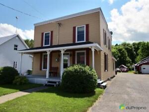 138 500$ - Maison 2 étages à vendre à Ste-Ursule