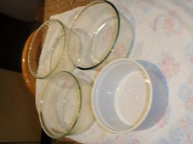 Assorted Pyrex dishes.