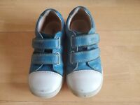 Boy's Start-rite Shoes Size 7.5F