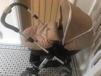 Excellent Condition Silver cross pioneer pram