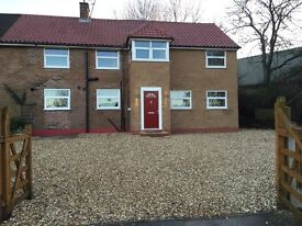 4/5 BED HOUSE NEW DEVELOPMENT, 2 MILES SOUTH STAFFORD TOWN CENTRE, AMPLE PARKING, £1000