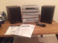 Excellent Quality Denon HiFi System Model No. D-77 S with 2 Denon Speakers