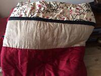 Beautiful oriental print bed comforter
