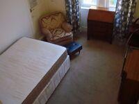 Double bedroom Alexandra Parade