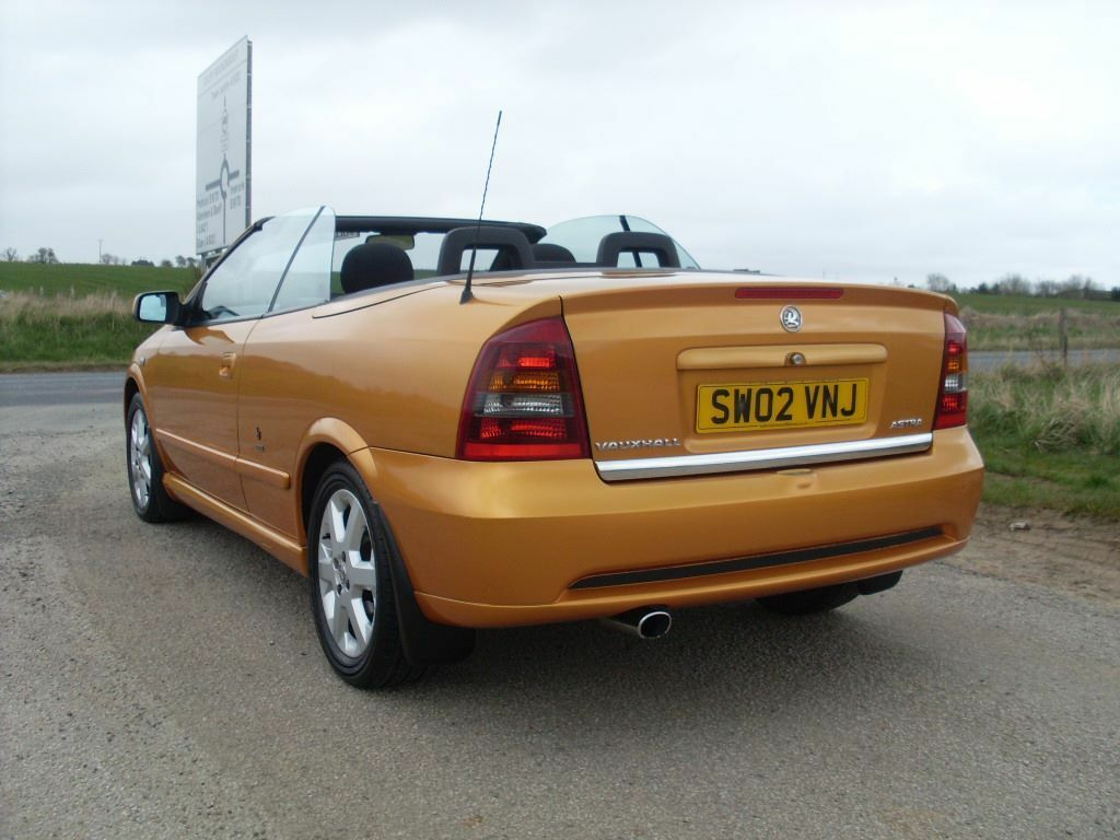 2002 vauxhall astra 1 6 bertone coupe convertible immaculate condition must see 1995 oldmeldrum. Black Bedroom Furniture Sets. Home Design Ideas