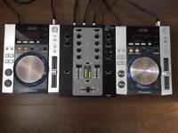 2x Pioneer CDJ 200 with Stanton M.203 Mixer