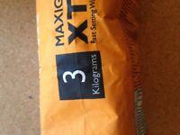 GREY - Granfix Maxigrout Xtra Grout ; 3Kg Bag Wall & Floor Tiles